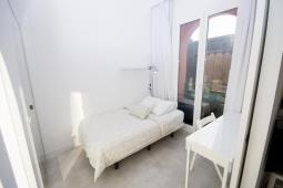 1484220030_dormitorio22